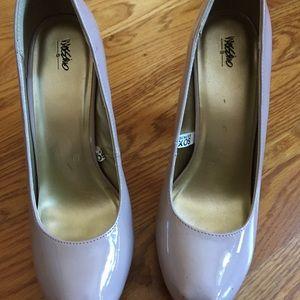 Mossimo beigey chunky heels. Size 8.5